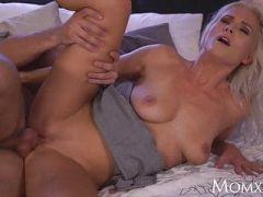 gros seins naturels milf porno